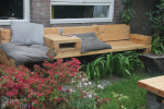 Lariks loungebank met tafeltje en leuning